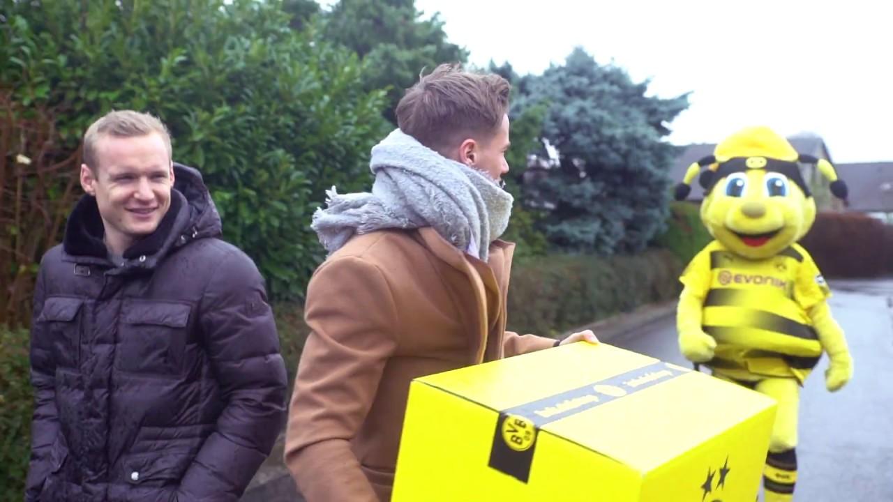 Zu Weihnachten: BVB-Profis Rode und Durm überraschen Kinder!