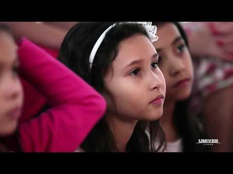 Você Já Conhece A Godllywood School? Em Breve No Univervideo.com