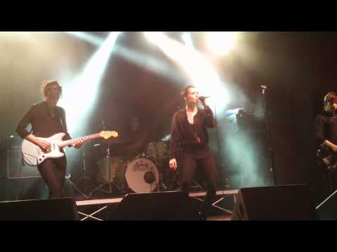SAVAGES - Slowing Down The World (Ferrara 2015)