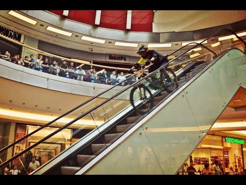 Alışveriş Merkezinde Bisiklet Keyfi !