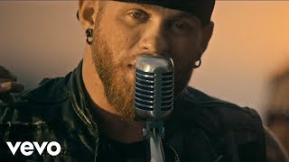 Смотреть клип Brantley Gilbert - The Weekend