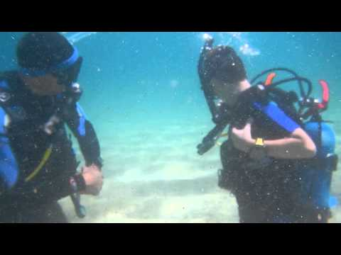 Junior Open Water Diver course (Remove and Replace SCUBA unit underwater)