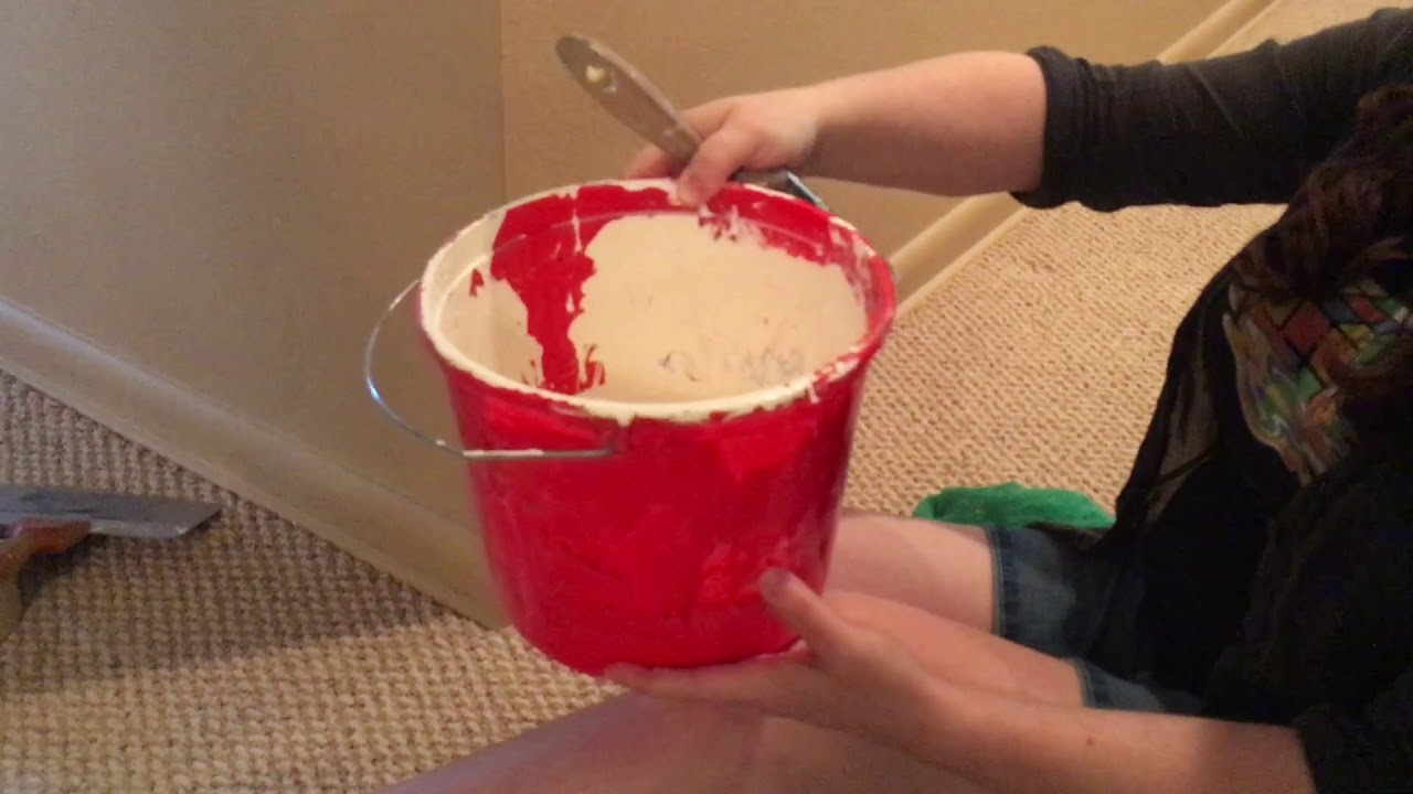 How To Paint Trim/Baseboards Next To Carpet - YouTube