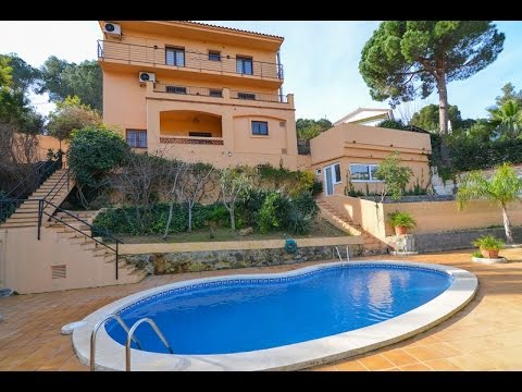 Beautiful house in Lloret de Mar with private pool, located near downtown and the beach