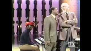 Donny Hathaway_Put Your Hand In The Hand_FULL LENGTH PERFORMANCE On The Flip Wilson Show