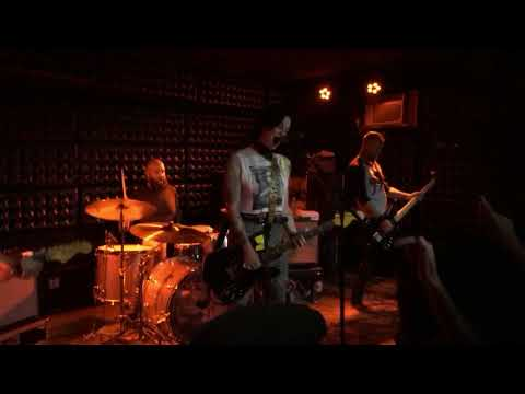 The Distillers Live - Casbah - San Diego Opening - LA Girl