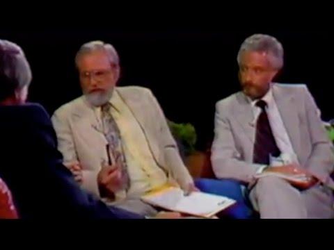 Tom Snyder Interviews Dr. J. Allen Hynek & Peter Gersten about the UFO Phenomenon - FindingUFO
