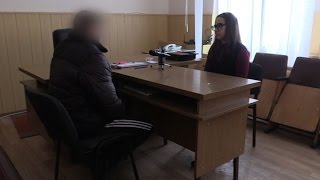Думал найти работу в Донецке   попал на блок пост,   донетчанин о службе в  ДНР