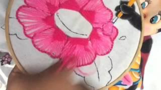 164 bordado fantasa flores de catarina y abeja
