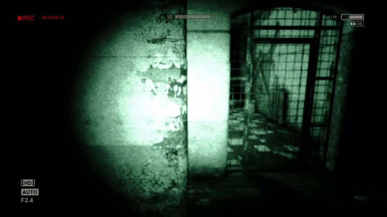 Outlast Get 3 Fuses on