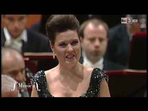 O salutaris hostia (Petite messe solennelle) - Marina Rebeka