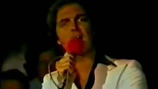 Download Camilo Sesto - Vivir así es morir de amor 1978 (Programa Dos por dos) MP3 song and Music Video