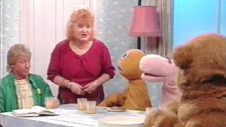 Rainbow S20E8(Children'sTVSeries1972-1992)|pre-school children|British version of sesame street
