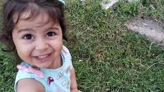 Ayşe Ebrar Bahçede Civcivler ve Kedicikle Oynadı Çok Eğlendi | For Kids Video