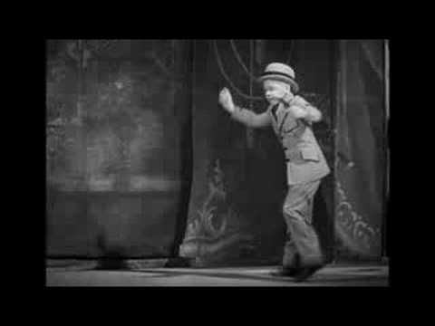 Mickey Rooney in Broadway to Hollywood (1933)