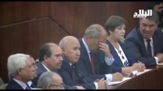 الرئيس بوتفليقة يحيل الوزراء المترشحين على عطلة رسمية   -elbiladtv-