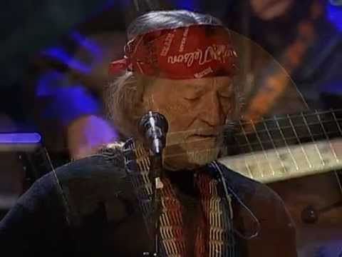 Willie Nelson - Angel Flying Too Close To The Ground (Live at Farm Aid 2004)