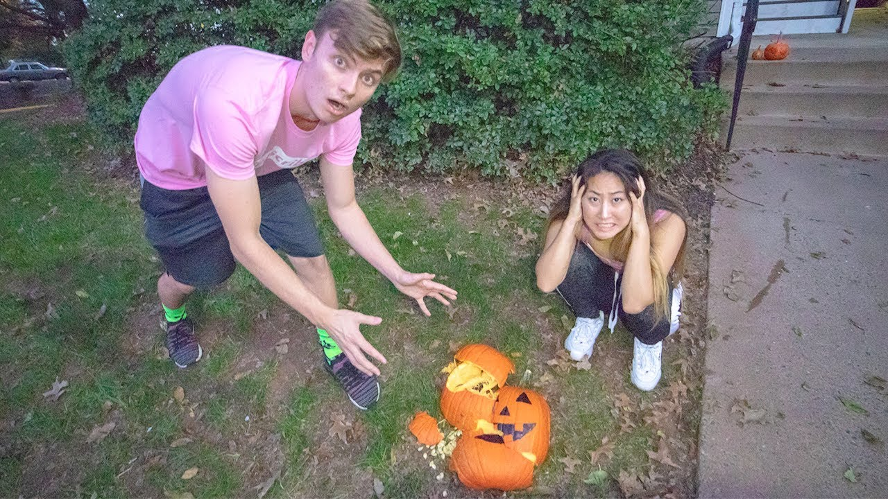 e2af6dbd76f9b2 PUMPKIN PATCH DATE WITH MY CRUSH!! (GONE WRONG) - YouTube