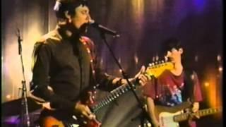 Jean leloup - Je joue de la guitare( le grand blond avec un show surnois)