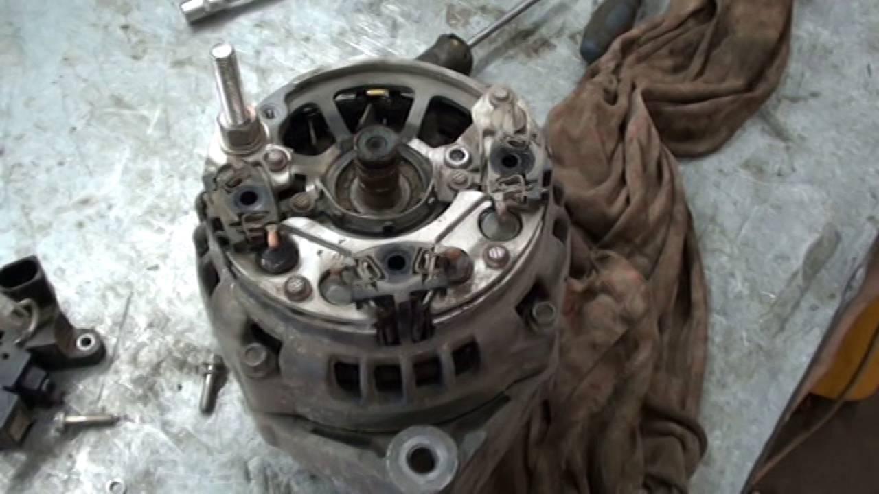 Снятие генератора с Калины и дефектовка.