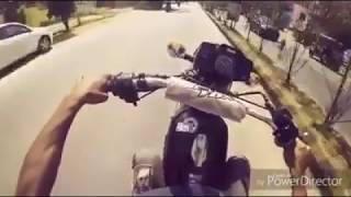 YAMAHA RX-100 Death Race and Wheeling Live on Road thumbnail