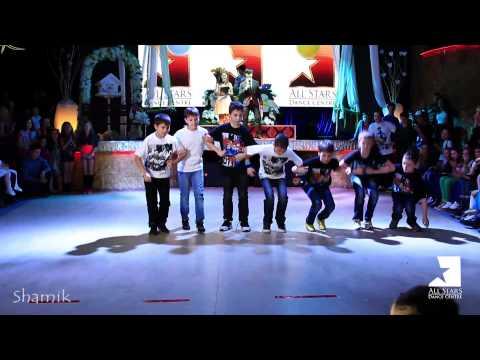 Break Dance Kids Show By B Boy Gajet