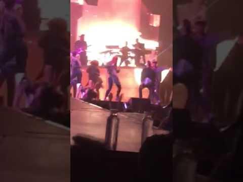 Justin Bieber  Live - CHILDREN - PURPOSE WORLD TOUR -Siena Austen 9 Year Old Dancer (London)