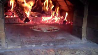How To Cook Pizza In A Wood Fired Oven
