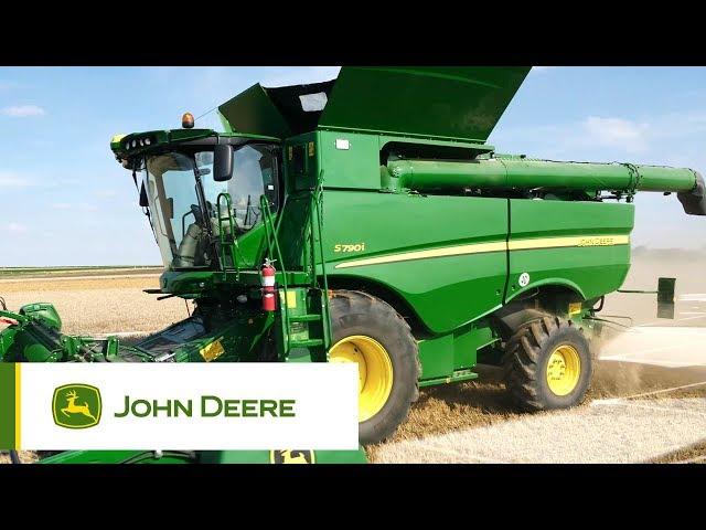 John Deere - Série S700 a cefeira-debulhadora automatizada