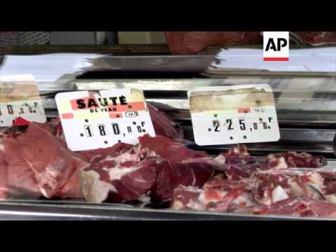 Panic at Tunisian markets as food prices rise ahead of Ramadan