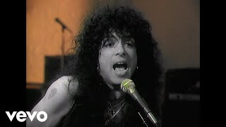 Kiss - Forever (Official Music Video)