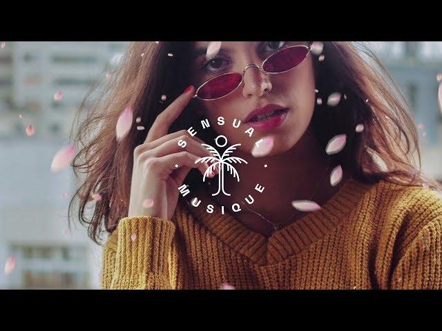 Lipless & Mahalo - Falling (feat. Carly Paige) [Lyrics]