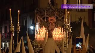La Candelaria por la Plaza del Triunfo (Semana Santa Sevilla 2018)