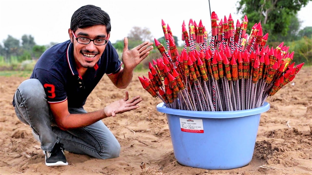 Download 350 Diwali Rockets Ek Saath   आसमान में धमाल मच गया   WOW