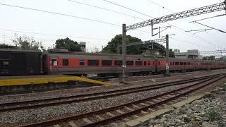 7202次貨物列車通過大林車站