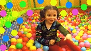 Learn Color Ball Pit Show: Fun Way to Learn Colour  for Toddlers in the Indoor Playground