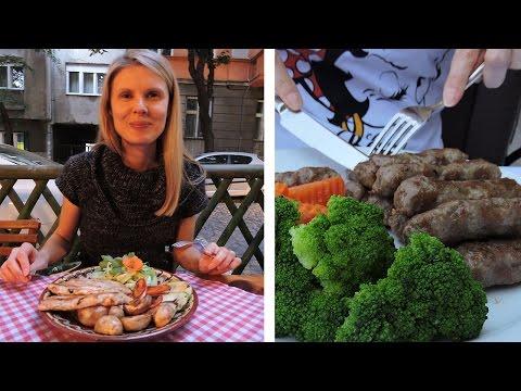 SERBIAN FOOD - Cevapi, Pasta, Burgers, Rakija (YUM)
