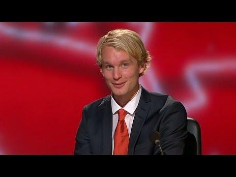 Björn Gustafsson får tips från coachen - Parlamentet (TV4)