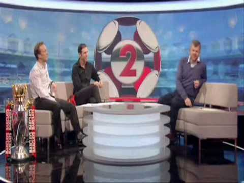 Martin Keown in Van Nistelrooy Man United Shirt