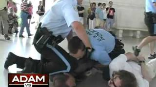 adam kokesh body slamed choked and arrested at jefferson memorial
