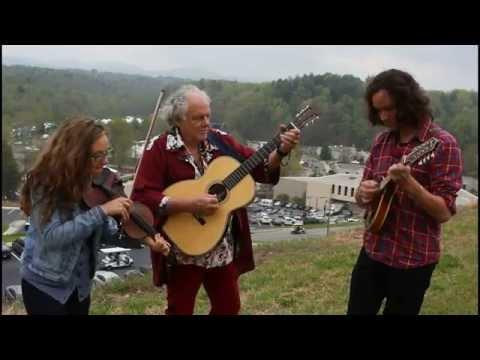 Peter Rowan & Mandolin Orange - Stone Wall (Around My Heart)