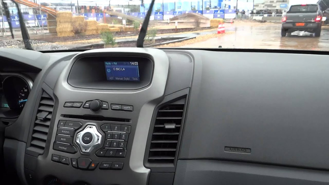 Circuito Off Road Ford Ranger 2013  YouTube