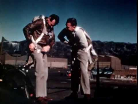 How to Fly the P-38 LIGHTNING - U.S. Air Force Airplane Flight Training Video