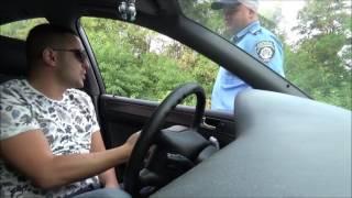 Обломал полицейского попрошайку!