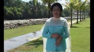 Di Tepinya Sungai Serayu - Hj Effi Mardiyanto