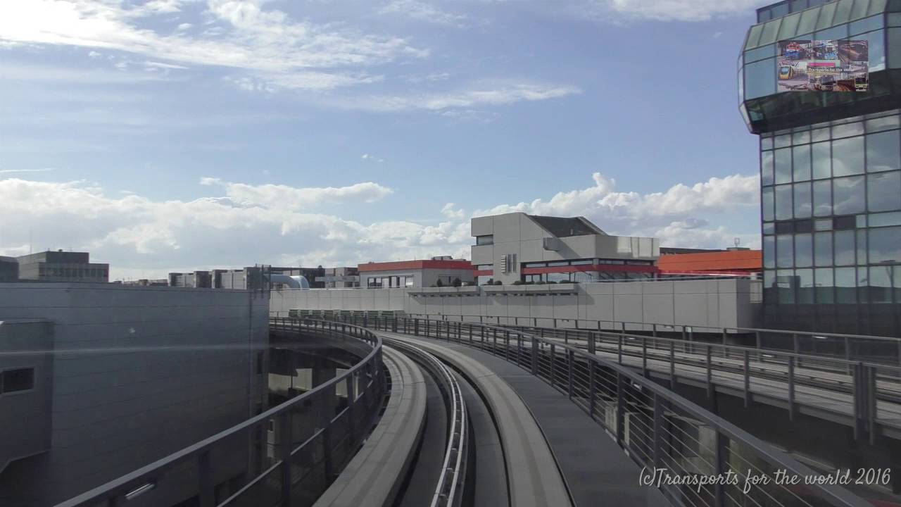 Frankfurt Airport Skyline