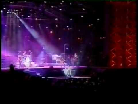 Aerosmith Live In Rio,  Brazil 1994 - Eat The Rich