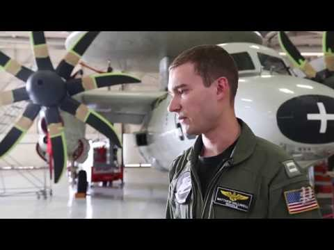 Navy pilots who saved E2-C Hawkeye describe response to landing cable break