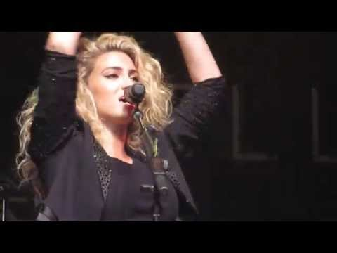 """Tori Kelly """"Should've Been Us"""" (Indianapolis, IN 11-1-15)"""