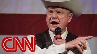 2017-11-26-16-05.Ex-Trump-strategist-Roy-Moore-would-be-a-disaster-for-GOP